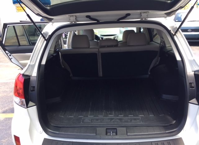 Subaru Outback 2012 full
